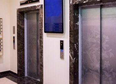 Размещение рекламы на мониторах в элитных жилых комплексах
